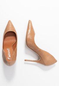L'INTERVALLE - TEEVA - High heels - yango lajara - 3