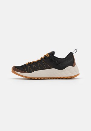 SOLAR WAVE EK+ - Trainers - black