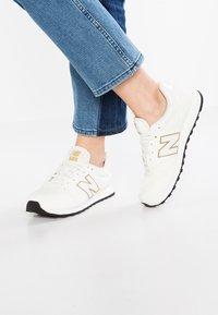 New Balance - GW500 - Sneaker low - white/gold - 0