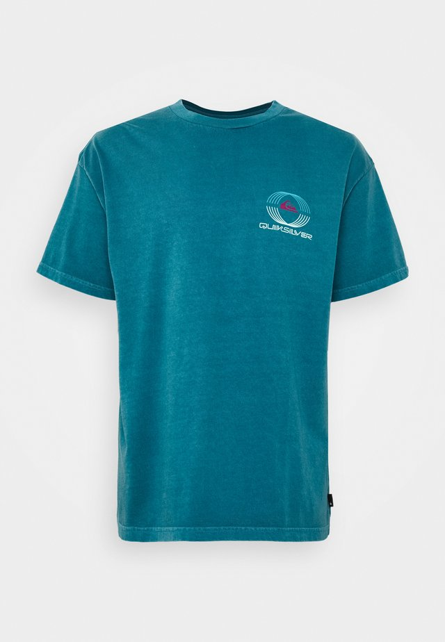 NEON BALLROOM  - Print T-shirt - blue coral
