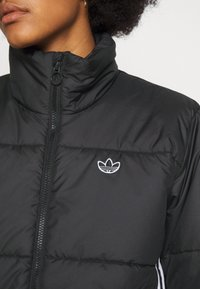 adidas Originals - PUFFER WINTER MIDWEIGHT JACKET - Giacca da mezza stagione - black - 5