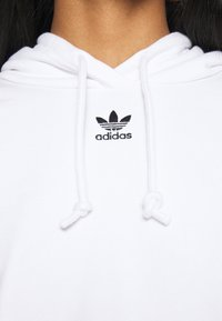 adidas Originals - HOODIE - Sweat à capuche - white - 4