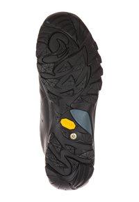 Travelin - AARHUS LOW - Hiking shoes - black - 4