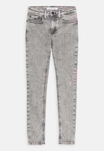 SUPER SKINNY LIGHT WASH - Jeans Skinny Fit - denim