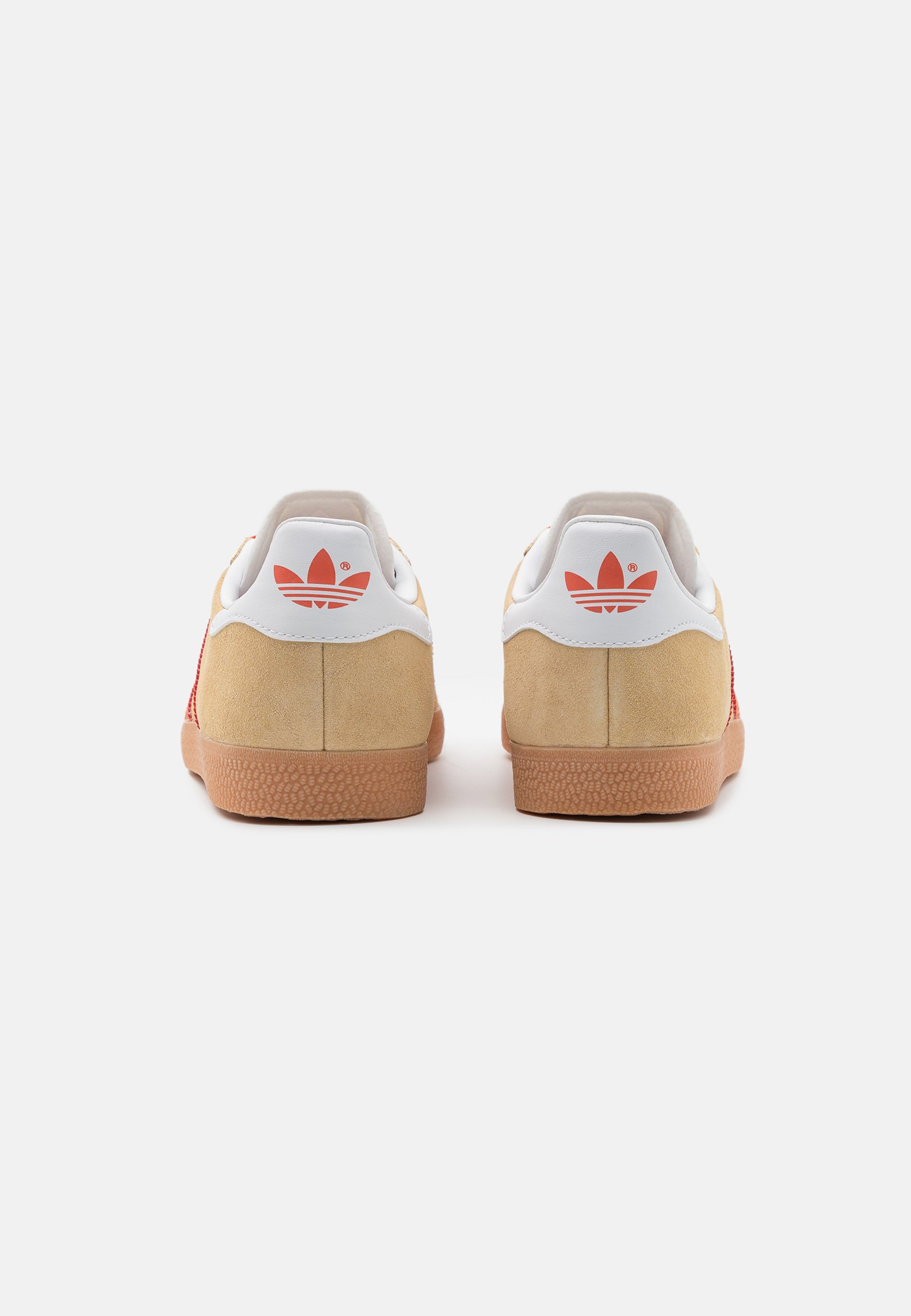 GAZELLE UNISEX - Trainers - hazy beige/fox orange
