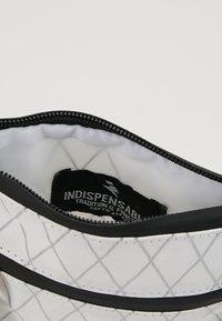 Indispensable - NECKPOUCH - Across body bag - white - 4