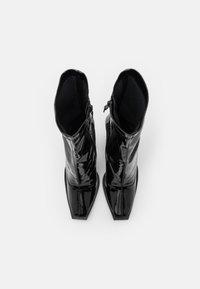Koi Footwear - VEGAN  - Ankelboots med høye hæler - black - 5