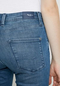 Pepe Jeans - Jeans Skinny Fit - denim - 5