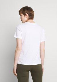 ONLY - ONLCORNELIA LIFE BOX - Print T-shirt - white - 2