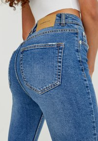 PULL&BEAR - Relaxed fit jeans - blue - 4