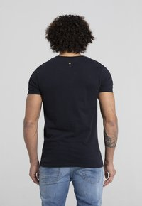 Liger - LIMITED TO 360 PIECES - Basic T-shirt - navy - 1