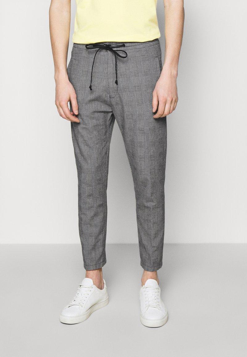 DRYKORN - JEGER - Kalhoty - grey
