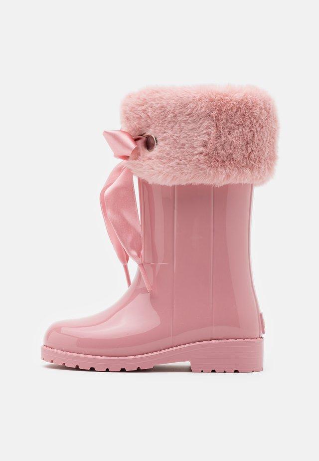 CAMPERA CHAROL SOFT - Stivali di gomma - rosa