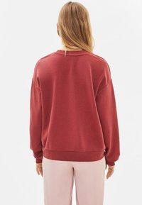 Bershka - Sweatshirt - red - 2