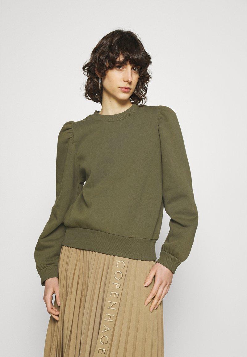 Second Female - CARMELLA  - Sweatshirt - olive night