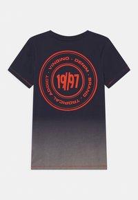 Vingino - HELON - Print T-shirt - dark blue - 1