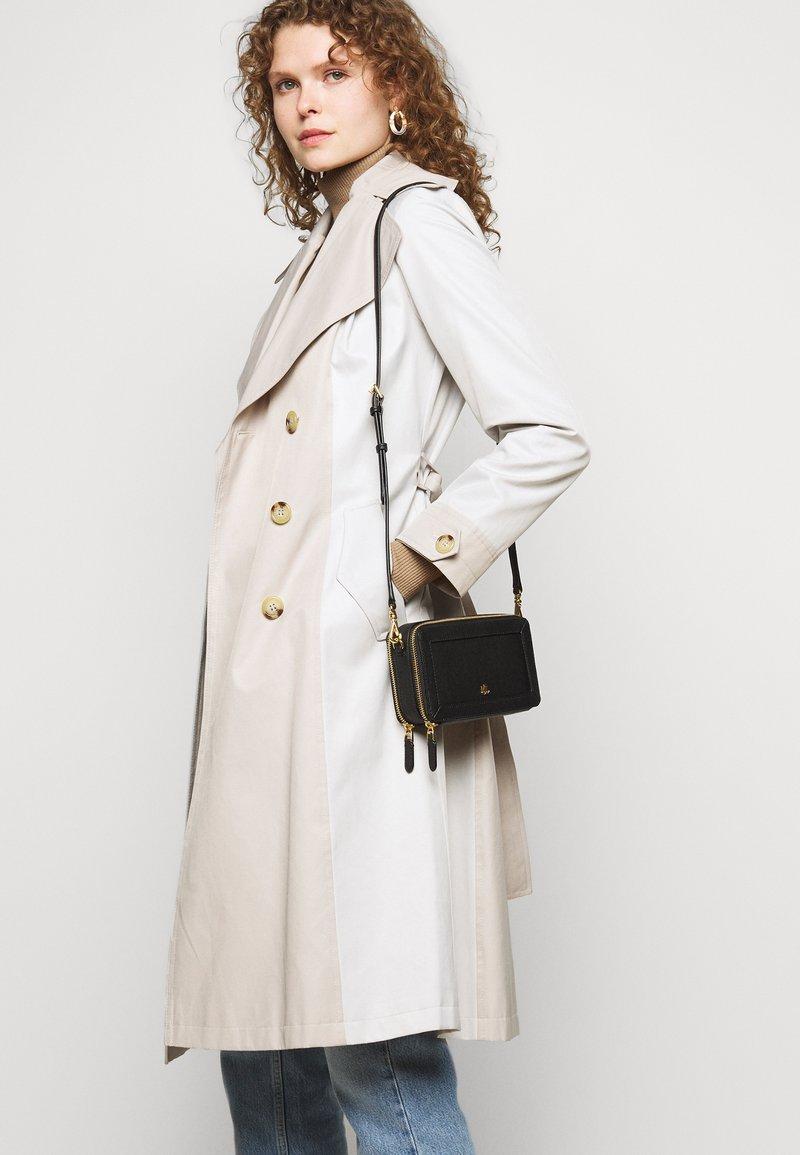 Lauren Ralph Lauren - CROSSHATCH CROSSBODY - Across body bag - black