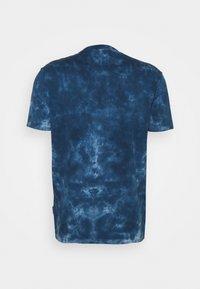 Ben Sherman - TARGET TEE - Print T-shirt - indigo - 1