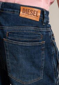 Diesel - Straight leg jeans - heavy used - 4