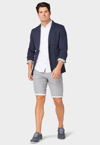 TOM TAILOR - Shorts - tornado grey - 1
