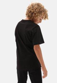 Vans - BY PRINT BOX BOYS - T-shirt print - black flame camo - 1