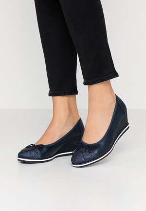 COURT SHOE - Wedges - navy
