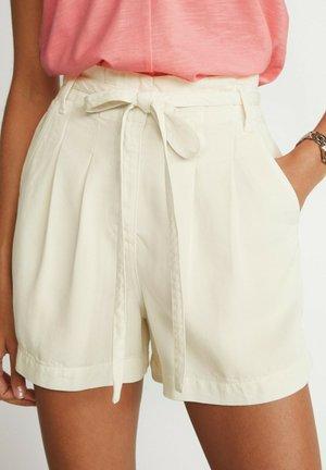 TENCEL TIE WAIST UTILITY - Shorts - off-white