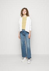 Polo Ralph Lauren - Basic T-shirt - wicket yellow - 1