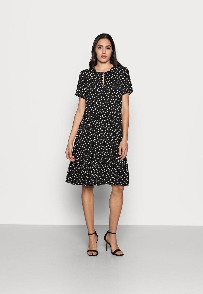 InWear - VIKSA DRESS - Sukienka letnia - black double dot