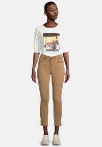 Cartoon - Jeans Skinny Fit - classic nougat - 1