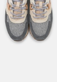GANT - BEVINDA RUNNING - Zapatillas - mid gray - 5