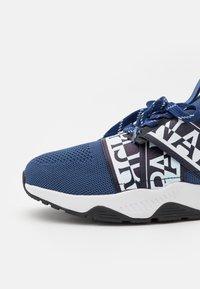 Napapijri - LAKE - Sneakers - blue marine - 5