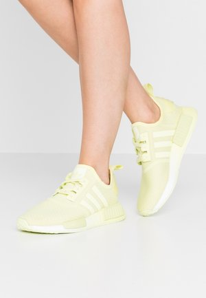 NMD_R1  - Joggesko - yellow tint/footwear white