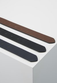 Pier One - 3 PACK - Belt - dark blue/black/brown - 2
