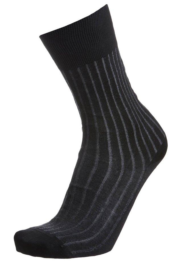 SHADOW - Socks - grey/white
