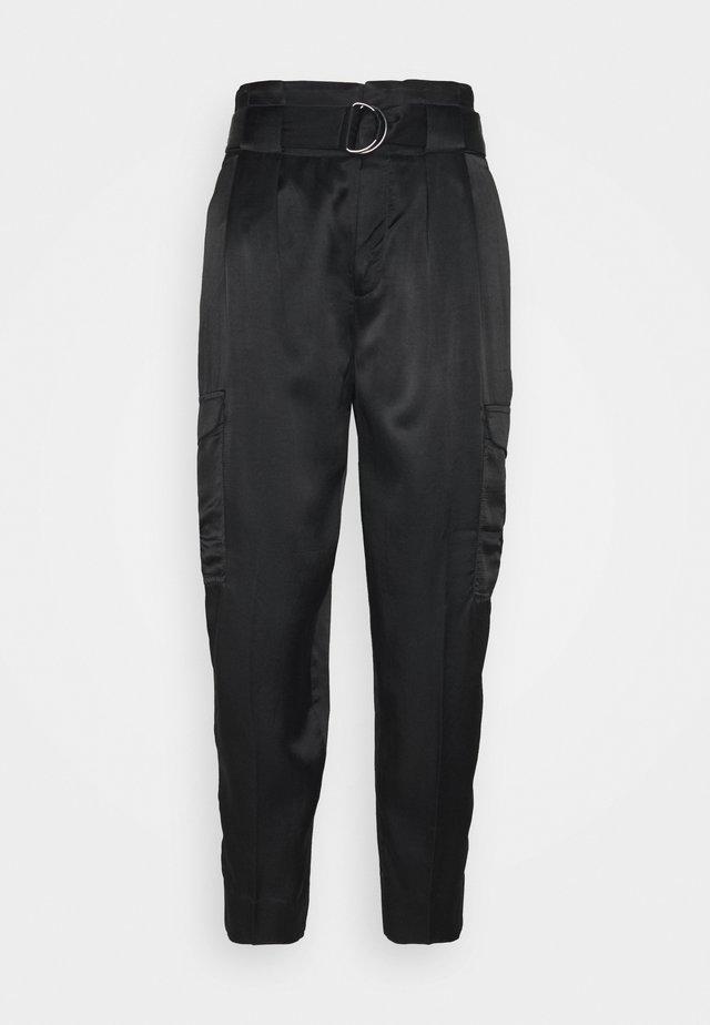 UTILITY TAPER - Pantalones - black