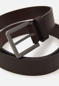 Calvin Klein - ESSENTIAL PLUS - Belt - dark brown - 2