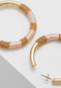 Pieces - Boucles d'oreilles - lotus - 4