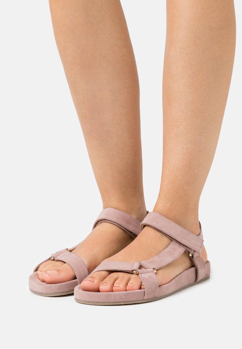 Copenhagen Shoes - PEACE  - Sandalen - rosa