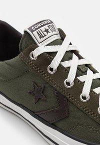 Converse - STAR PLAYER UNISEX - Tenisky - cargo khaki/vintage white/converse khaki - 5