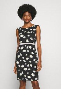 s.Oliver BLACK LABEL - Shift dress - black - 0