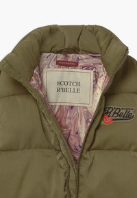Scotch & Soda - SHORT LENGTH LIGHTWEIGHT QUILTED - Winter jacket - military - 3