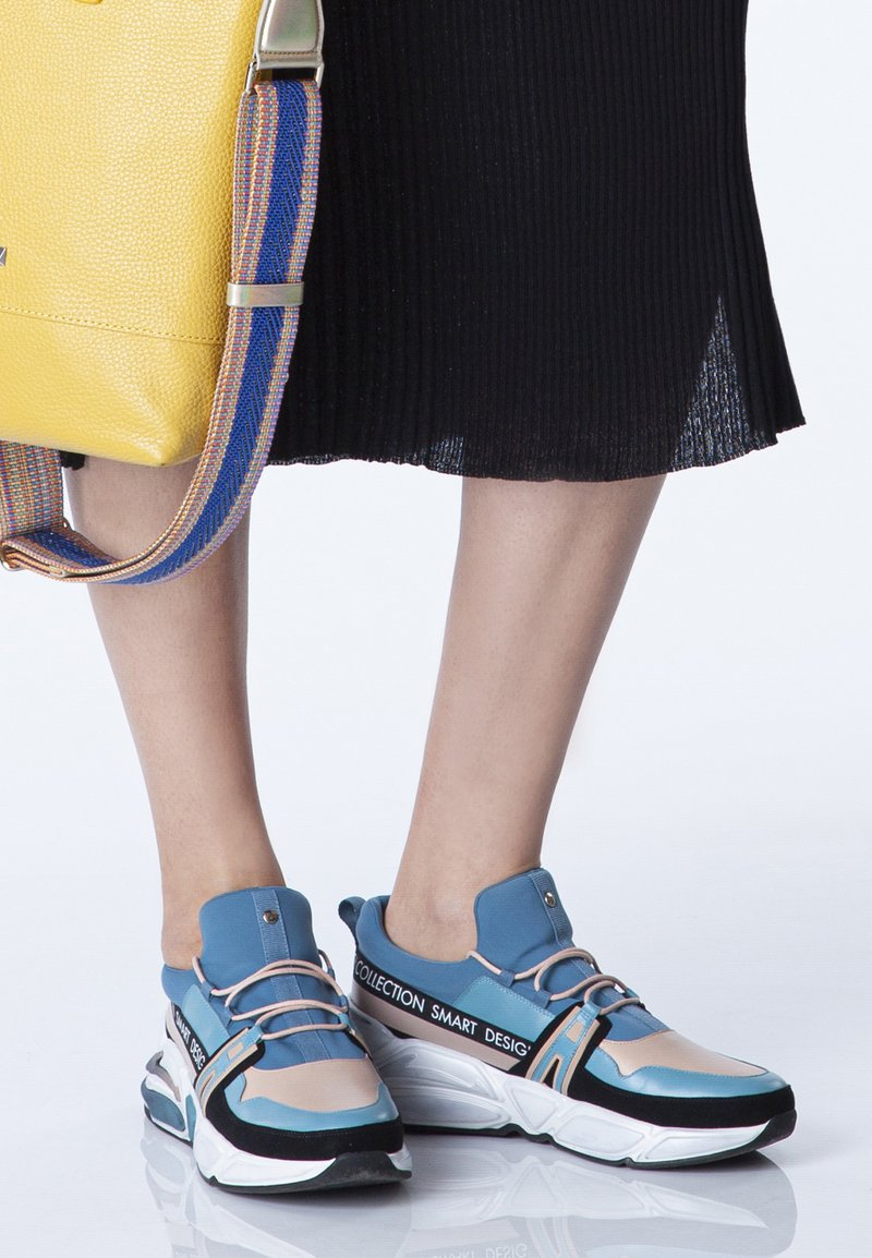 TJ Collection - CHUNKY  - Trainers - blue