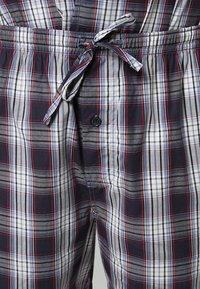 Jockey - PYJAMA 1/2 WOVEN - Pyjama set - red/white - 7