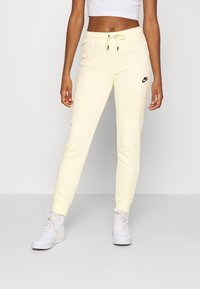 Nike Sportswear - Pantalon de survêtement - coconut milk/black - 0