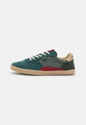 DELTA - Trainers - forest