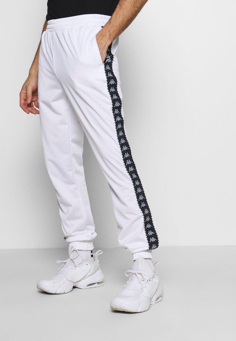 Kappa - INGVALDO - Pantalon de survêtement - bright white