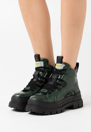 ASPHA MID - Ankle boots - green