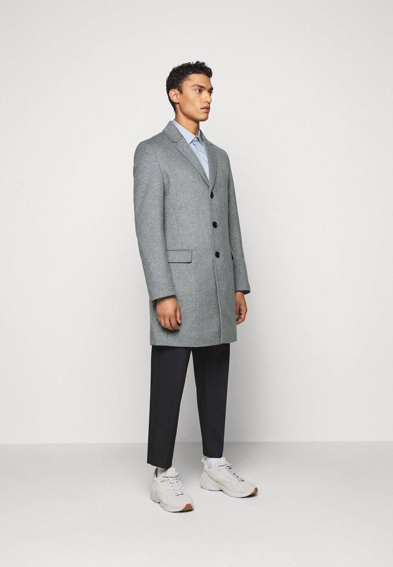 HUGO - MIGOR - Mantel - medium grey
