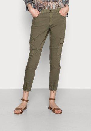 BERITA CROPPED PANTS - Cargo trousers - burnt olive